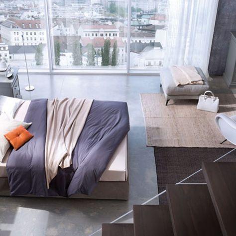 CAMERA DA LETTO COMPLETA La camera da letto è il vostro nido, la culla che vi accoglie al termine di ogni giornata, il luogo dove potete abbandonarvi al riposo ristoratore. Per questo motivo vi proponiamo un arredamento per camera da letto da sogno, che sia in stile moderno o tradizionale, con mobili per camera da letto, armadi e comodini coordinati e pensati per assecondare la vostra individualità.  http://www.arredamentimeneghello.it/prodotti/camera-da-letto/
