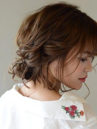 シースルーバングのギブソンタック Hair Make Earth 新宿店 ヘアメイクアースシンジュクテン Hs0576060 ヘアスタイル 新宿三丁目の予約なら楽天ビューティ シースルー シースルーバング ギブソンタック