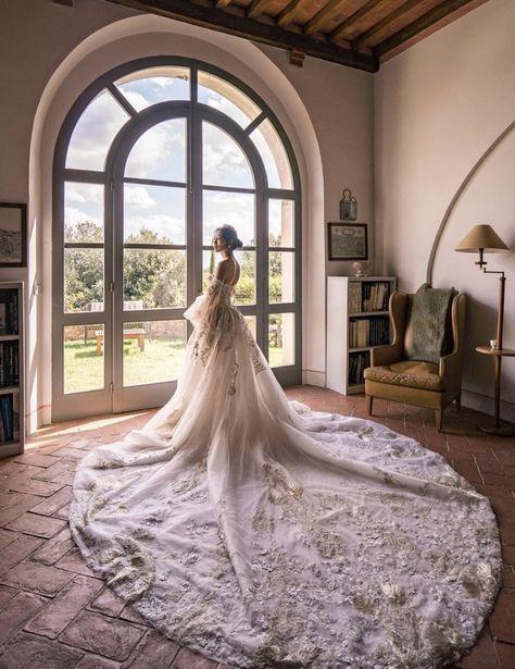 Bridal Crown, Bridal Tiara, European Wedding Dresses, Royal Wedding Dresses, Royal Weddings, Gown Photos, Bride Photography, Bridal Sets, Bridal Looks
