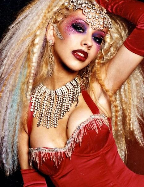 Christina Aguilera Moulin Rouge Makeup In 2020 Rouge Makeup Moulin Rouge Christina Aguilera Christina Aguilera