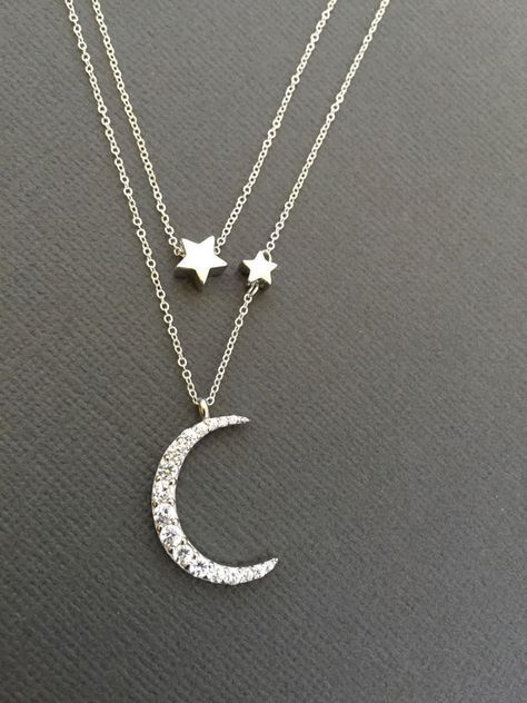 Moon and star necklace Crescent moon Celestial jewelry Moon /& Star Gold jewelry Shining stars Minimalist piece Gold necklace