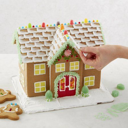 The Absolutely Best Gingerbread House Glue Gingerbread House