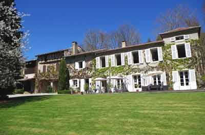 Vente Chambres D Hotes Ou Gite En Midi Pyrenees Gite Gite De France Chambre D Hote