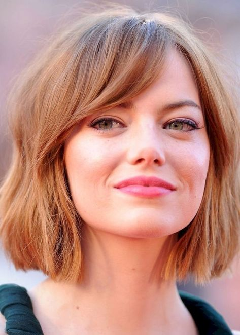 42 Brilliant Women Haircuts for Round Faced