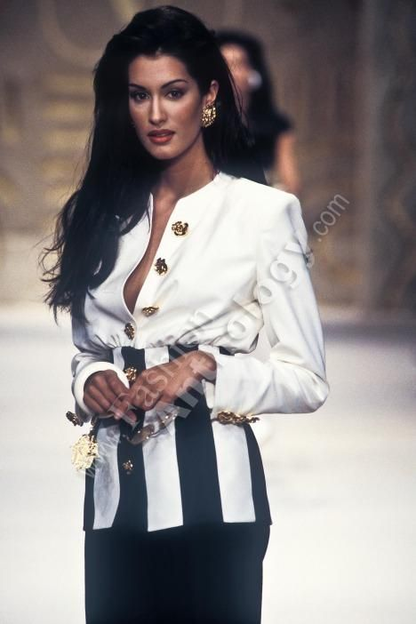 Yasmeen Ghauri / Valentino Runway Show Spring/Summer 1993