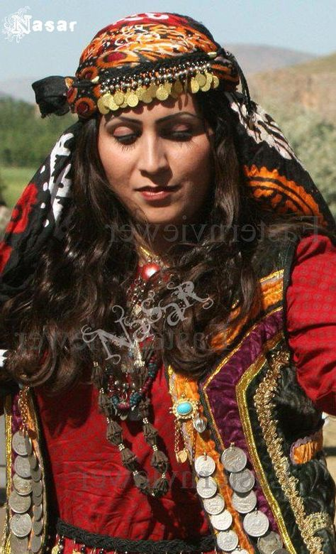 Woman from Lorestan, Iran. Photo by Nasar Dukki.  || In brackets the original description by the photographer {Pashtun Women in Traditional Dress, Afghanistan} |