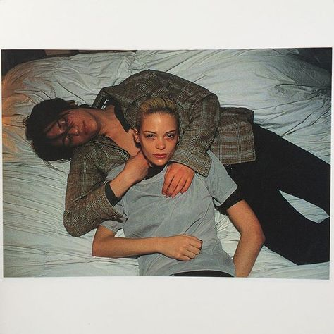 Jaime King by Nan Goldin, 1996 Jamie King, Magnum Opus, Nan Goldin Photography, 90s Fashion, Fashion Looks, King Picture, Heroin Chic, Annie Leibovitz, Wow Art