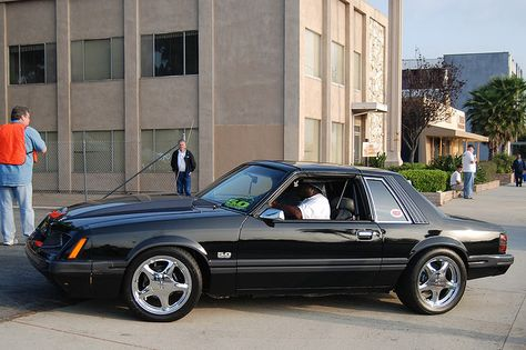Ford Mustang 5 0 Gt Foxbody T Top Coupe With Chrome Pony Wheels Flickr Photo Sharing