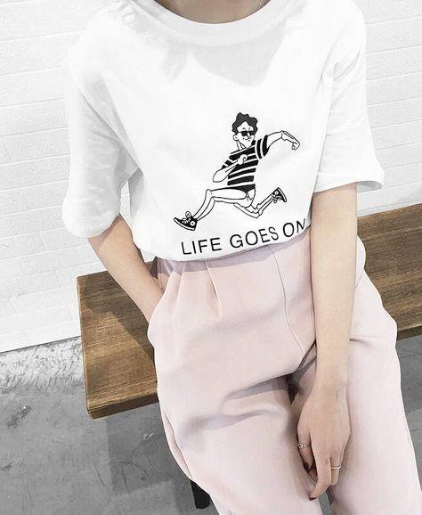 'Life goes on'. Hier entdecken und shoppen: http://sturbock.me/B5d