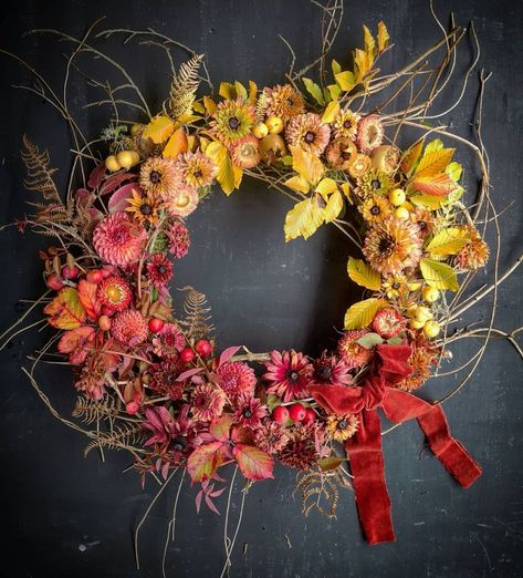 This seasonal wreath inspiration passes every test. Layered textures, unique floral ingredients, eye catching color gradients... and the best part? They prove once and for all that floral wreaths are not just for Christmas! Bring it on, fall wreath design!