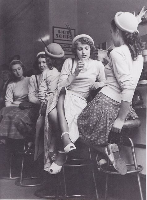 Teenagers in the 1950's much more elegant than teenagers now...