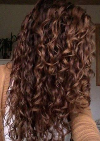 Short Curly Hairstyles Over 50 Long Curly Hairstyles Youtube Curly Hairstyles On Saree Curly Hairstyles Draw In 2020 Hair Styles Long Hair Styles Curly Hair Styles