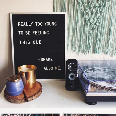 The most versatile and minimalist decoration for your home - felt letter board. Totally in love with and all of the fun boards they create! Inspirational and funny letter board quotes. The Letter Tribe Word Board, Quote Board, Message Board, Felt Letter Board, Felt Letters, Felt Boards, Drake Quotes, Funny Quotes, Mood Quotes