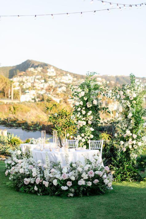 Laguna Beach wedding with a coastal garden feel #coastalwedding #weddingreception #lagunabeachwedding