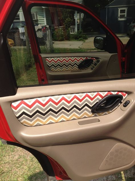 how to apply new fabric to the inside of your car for a cute, custom look