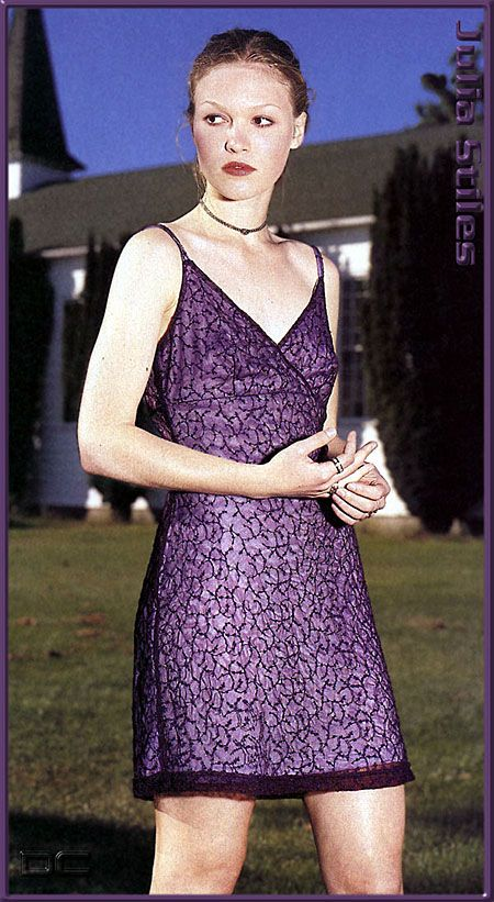 Julia Stiles - juliastiles.free.fr - Pictures - Magazines published in 1998