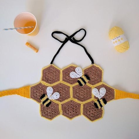 Oh, Honey Crochet pattern by The Queen Stitch - OneWorld. Form Crochet, Crochet Geek, Crochet Hooks, Baby Blanket Crochet, Crochet Baby, Knit Crochet, Crotchet, Bralette Pattern, Crochet Bikini Pattern