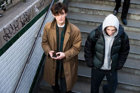 You've Got Male: On the Street With the Men of Fashion Week Otto Lotz, left, after Phillip Lim's Fall 2015 show. Fashion Week, Fashion Kids, Autumn Fashion, Mens Fashion, Guy Fashion, Fashion 2020, Urban Fashion, Phillip Lim, Pretty Boys