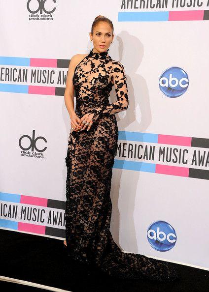 Black Embroidered Zuhair Murad - Jennifer Lopez's Most Daring Dresses - Photos