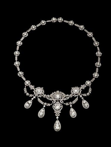Gold platinum diamonds c. 1900 Artistic Luxury: Faberge, Tiffany, Lalique: The Wade Necklace by Tiffany & Co.