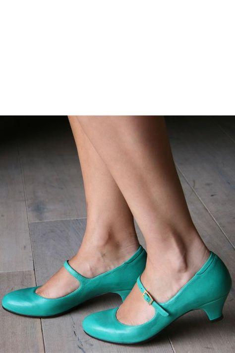 Semi-flats- but altogether fabulous turquoise mary janes!