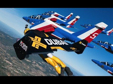 LOW FAST Jet Fly Over Pass Jet Fly - Crazy video of two guys flying jetpacks over dubai