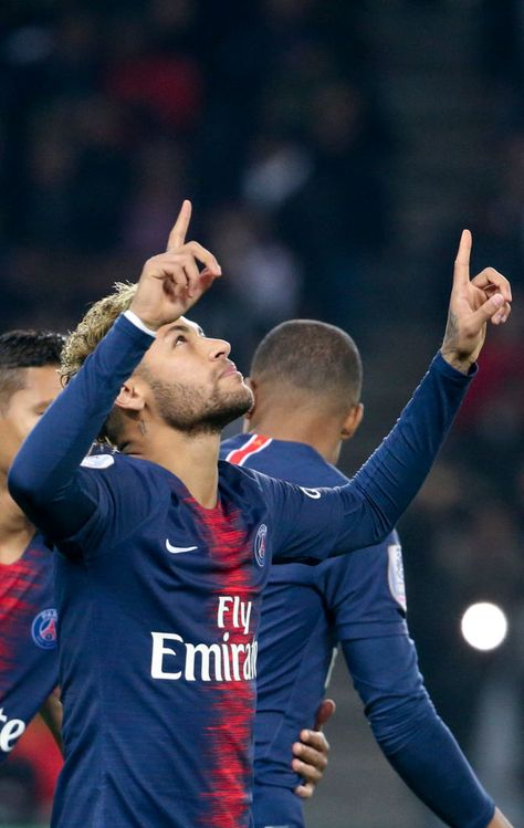 Neymar Jr of PSG celebrates his goal during the french Ligue 1 match...