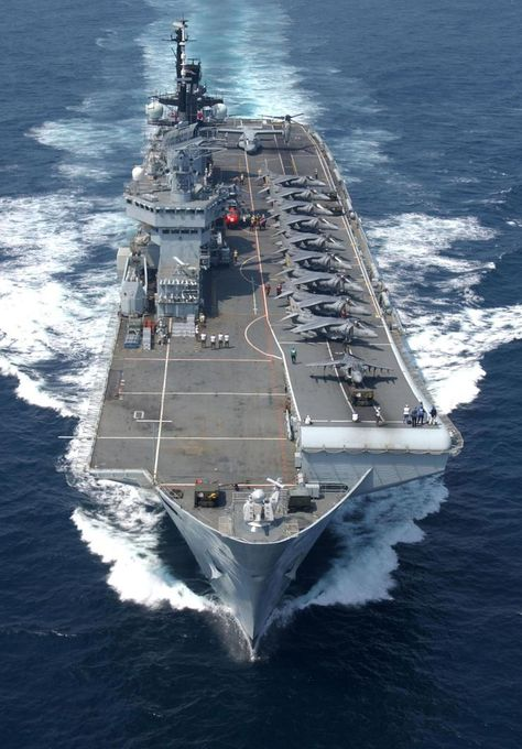hms illustrious - ah yes, when the UK had an aircraft carrier. These good all days!