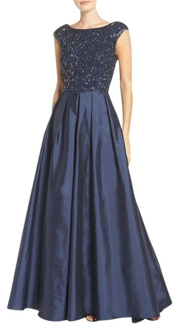 a34b02957 Aidan Mattox Twilight Embellished Mesh & Taffeta Ballgown Long Formal Dress  Size 6 (S). Free shipping and guaranteed authenticity on Aidan Mattox  Twilight ...