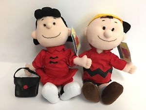 Pin By Snoopy S Gallery And Gift Shop On Vintage And Collectible Items Plush Dolls Dolls Plush