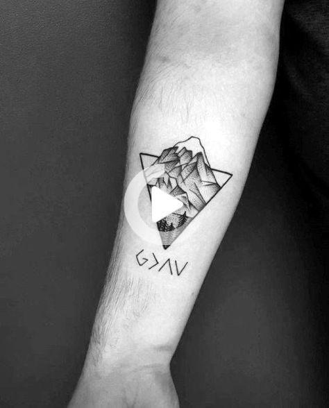 Geometrisch tattoo unterarm mann Tattoo Unterarm