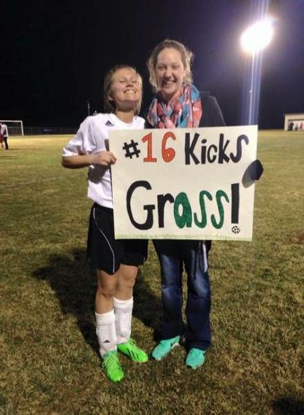 35 Ideas Sport Poster Ideas Diy High Schools For 2019 Soccer Senior Night Posters Soccer Poster Sport Poster