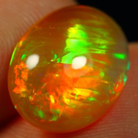 Ethiopian Opal Stones 15.8 x 12.6 x 6.4mm 6.25 carats Auction #583975 Opal Auctions