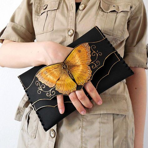 Gold Butterfly Clutch Bridesmaid Clutch Bridal Purse Gold Clutch Leather Anniversary Evening Clutch Bag Unique Clutch Leather Butterfly - Most Beautiful Bag Models 2019 Gold Clutch, Leather Clutch, Leather Purses, Gold Leather, Clutch Purse, Diy Clutch, Custom Leather, Leather Tooling, Leather Jewelry