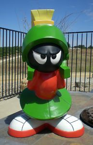 Enesco Looney Tunes statue MARVIN THE MARTIAN World Conqueror figurine RESIN NEW