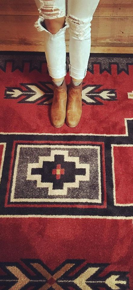Old Crow Red Southwest Area Rug Western Rugs Navajo Rugs In 2020 Southwest Area Rugs Western Rugs Rustic Area Rugs