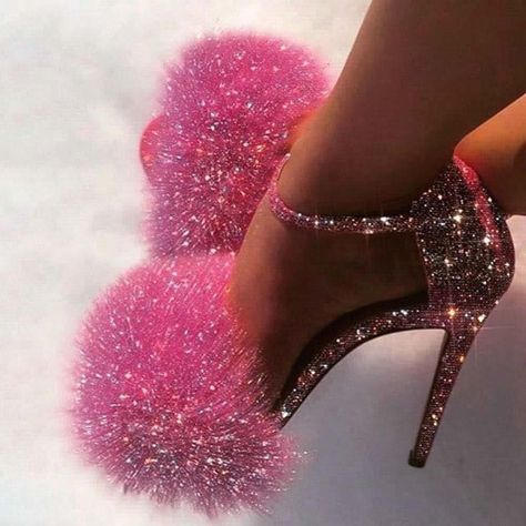 Pink Tumblr Aesthetic, Aesthetic Shoes, Baby Pink Aesthetic, Bad Girl Aesthetic, Aesthetic Images, Cute Shoes, Me Too Shoes, Pink High Heels, Strappy High Heels