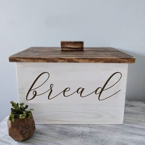 Event and home decor by Eventory on Etsy Rustic Bread Boxes, Farmhouse Bread Boxes, Wooden Bread Box, Kitchen Box, Wooden Kitchen, Kitchen Decor, Kitchen Furniture, Bread Holder, Bread Storage