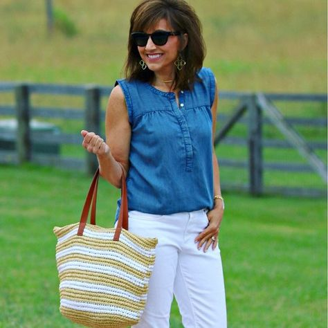22 Days of Summer Fashion-Chambray Shirt (Cyndi Spivey)