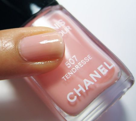 or tendresse 507 by chanel #nailpolish