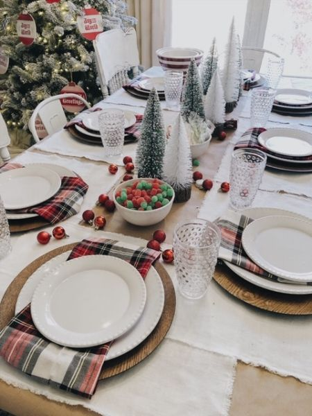 Why Decorating A Kids Christmas Table Shouldn T Be Complicated Diy Christmas Table Christmas Table Settings Christmas Table Decorations