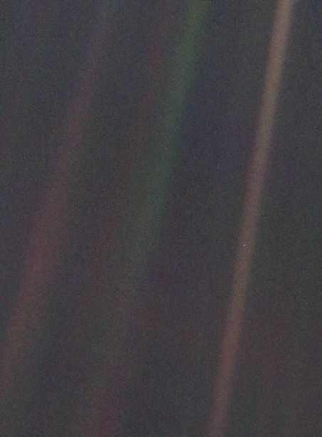 Pia00452 Tif 453 614 Pixel Pale Blue Dot Earth From Space Msr Paraphrase Corpu Dataset