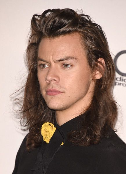 Harry Styles Brings History To Life For One Direction Fans In Christopher Nolan's 'Dunkirk' Harry Styles 2015, Harry Styles Long Hair, Harry Styles Pictures, Harry Styles Imagines, Harry Styles Hairstyle, Lady Antebellum, Larry Stylinson, Country Girl Problems, Harry Styles Wallpaper