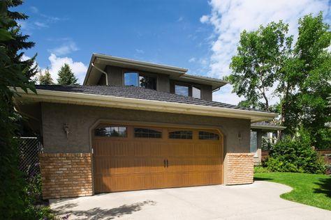 Classic Steel Garage Doors 8300 8500 Wayne Dalton Windsor Ontario Steel Garage Doors Residential Garage Doors Garage Doors