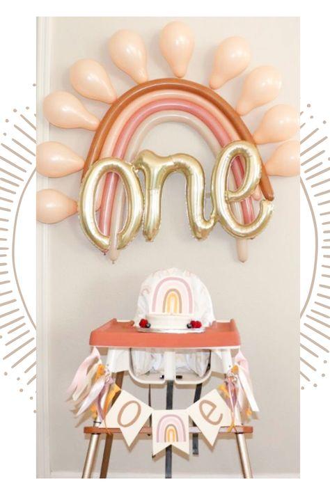 Diy 1st Birthday Party, Rainbow First Birthday, Baby Girl 1st Birthday, Birthday Ideas, Rainbow Party Decorations, First Birthday Party Decorations, Art Party Cakes, First Birthdays, Tassel Garland
