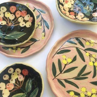 China Porcelain Manufacturers Uk Translucentporcelainfinechinae G 3301 Info 7348805654 Ceramic Painting Porcelain Art Pottery Painting
