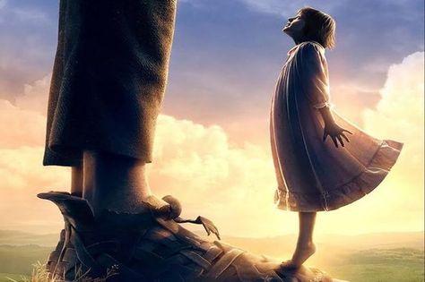 Het duurt een tijdje voor Steven Spielberg de Grote Vriendelijke Reus van Roald Dahl, én bij uitbreiding het kind in de kijker, tot leven weet te wekken, maar de slotact van zijn nieuwste film 'The BFG', gebaseerd op Dahls gelijknamige bestseller, is ronduit betoverend.