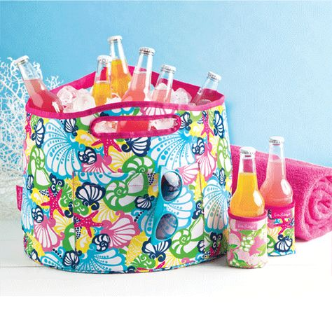 Lilly Pulitzer Oversized Insulated Beverage Bucket   Lifeguard Press $26