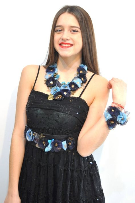 Navy blue necklaces, necklaces for women, navy blue wedding, statement jewelry, statement necklace, blue navy blue jewelry, flower necklace #FabricNecklaces #BlueNecklaces #NecklacesForWomen #BibNecklaces #StatementJewelry #FlowerNecklaces #NavyBlueNecklaces #StatementNecklaces #BlueWedding #NavyBlueWedding