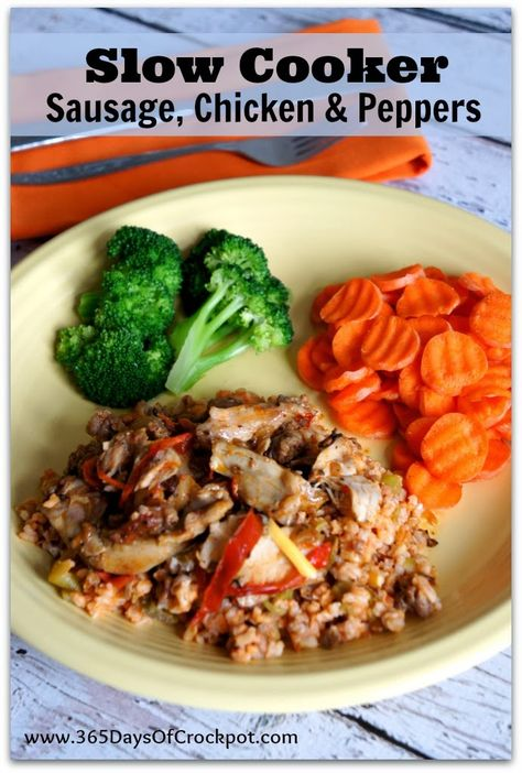 Recipe for Slow Cooker Sausage, Chicken & Peppers #slowcooker #crockpotrecipe